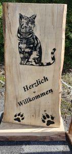 Holzaufsteller mit Katze