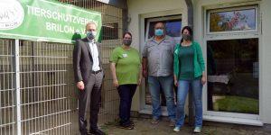 Dr. Bartsch zu Besuch im Tierheim